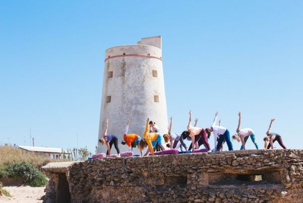 Yoga El Palmar am Torre in Andalusien